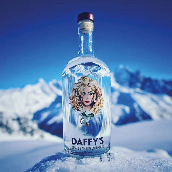 Daffy's_Instsa