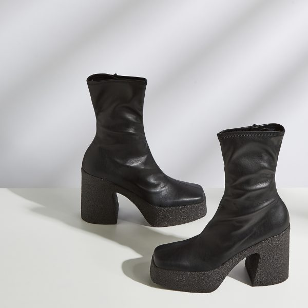 STELLA MCCARTNEY_115 black faux leather platform ankle boots_£545
